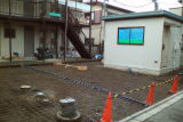 garage_1E8F4BA29-6144-DA5F-3BFD-AC131D45669A.jpg